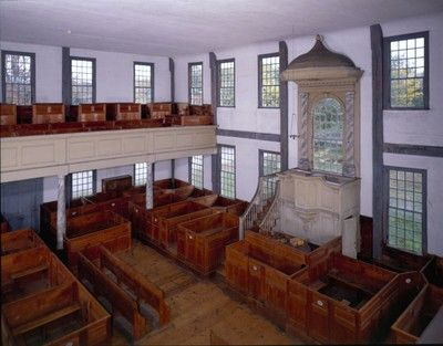 Rocky Hill Meeting House is one of the best preserved examples of an original eighteenth-century meeting house interior. It was built in 1785, replacing a c. 1715 meeting house for the West Parish of Salisbury. George Washington paused here to greet the townspeople on his northward journey in 1789.