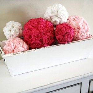 how to make crepe paper decorations ball