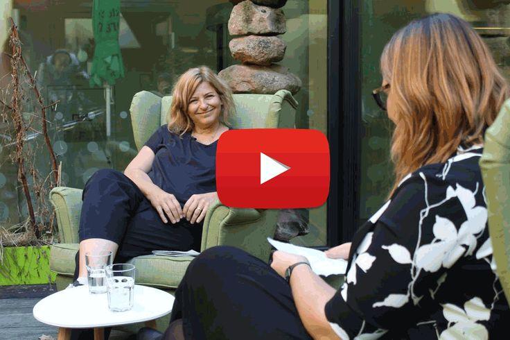 Was hat es mit der Partizipation in der Kita auf sich? Christine Krijger-Böschen ist Expertin auf diesem Gebiet. Das komplette Interview gibt es zum Anschauen unter: https://www.youtube.com/watch?v=wIKz_y5gn0E oder zum Nachlesen unter: https://blog.stepfolio.de/stepfolio/partizipation-der-kinder-ein-interview-mit-frau-christine-krijger-boeschen #Kitaqualitaet #Kinder