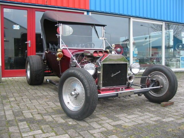 Ford T bucket hotrod - 1927