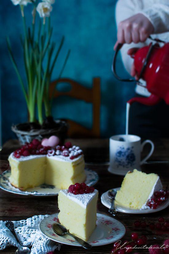Tenía que hacerlo, si o si, le tenía muchas ganas a este cheesecake. Para que os hagáis una idea también llamado Cotton cheesecak...