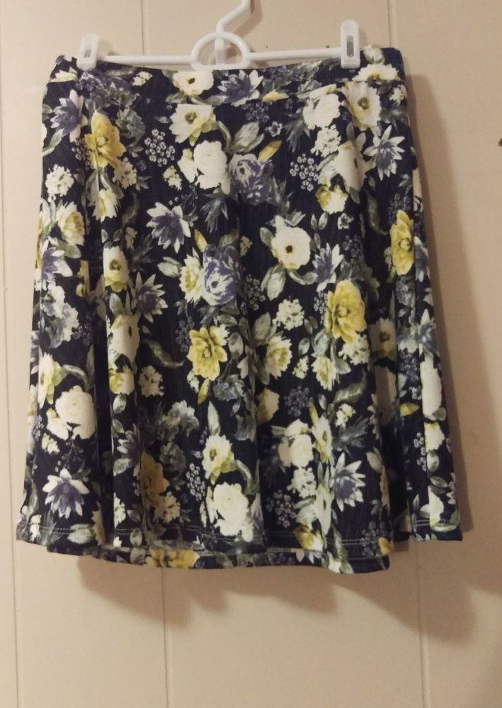 H&M Blue and Yellow Floral Skirt Size Small Size 6 | Clothing, Shoes & Accessories, Women's Clothing, Skirts | eBay!