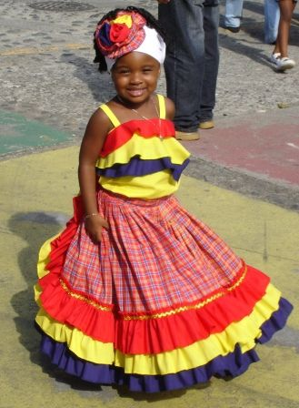 beautiful jamaican woman dressed | Beautiful Afro-Costa Rican girl in traditional dress at 2007 Black ...