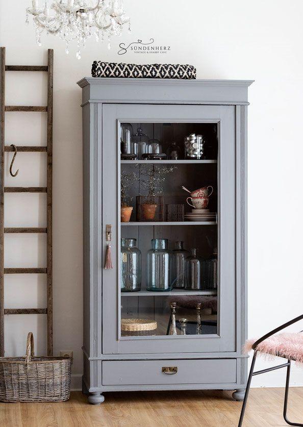 Shabby Chic Schrank, eine Tür, antiker Wäscheschrank, Vintage-Möbel   – Wohnzimmer