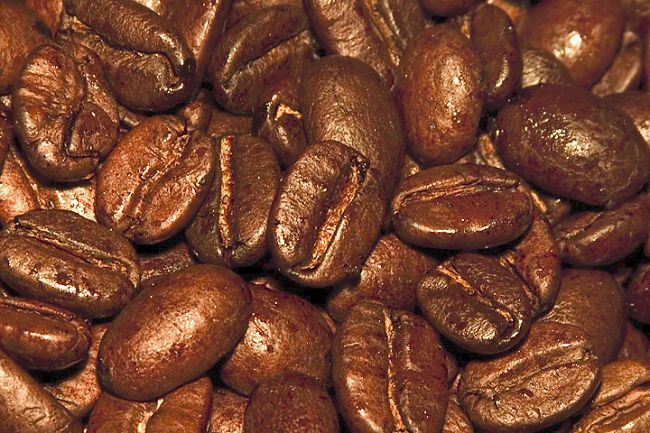 There are many advantages to grinding your own coffee beans