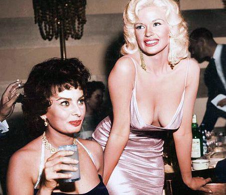 Софи Лорен и Джейн Мэнсфилд, 1957 год.