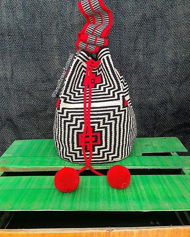 Wayuu Bags Special Design ⚫️⚪️ - Original Wayuu…