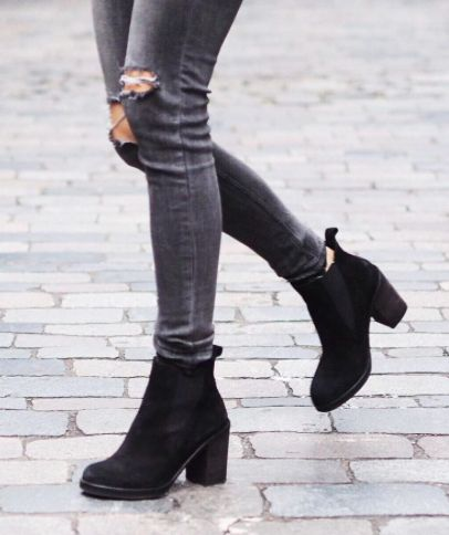 x dark grey jeans ripped knees + black booties