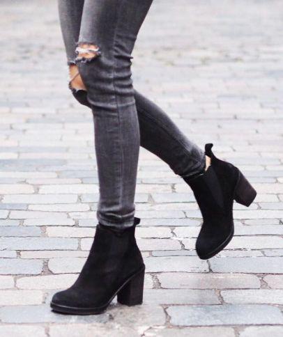 x dark grey jeans ripped knees + black booties