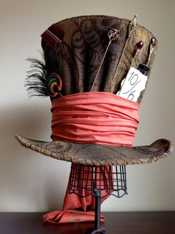 Replica of Tim Burton's Mad Hatter hat by WonderfulWonderWorld. Alice in Wonderland