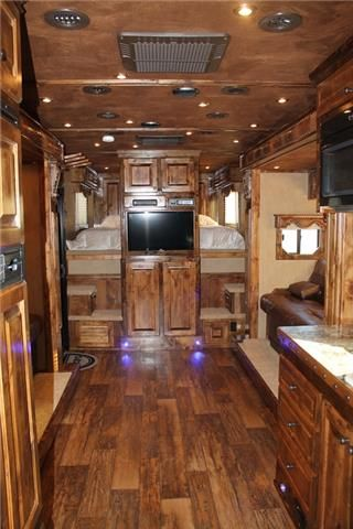 Horse Trailer Trader: 2014 Bloomer Trailers New Horse Trailer in TX at P and P Trailer Sales - Salado