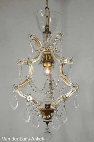 Kristallen Maria Theresia kroonluchter 26513 bij Van der Lans Antiek. Meer kristallen lampen op www.lansantiek.com