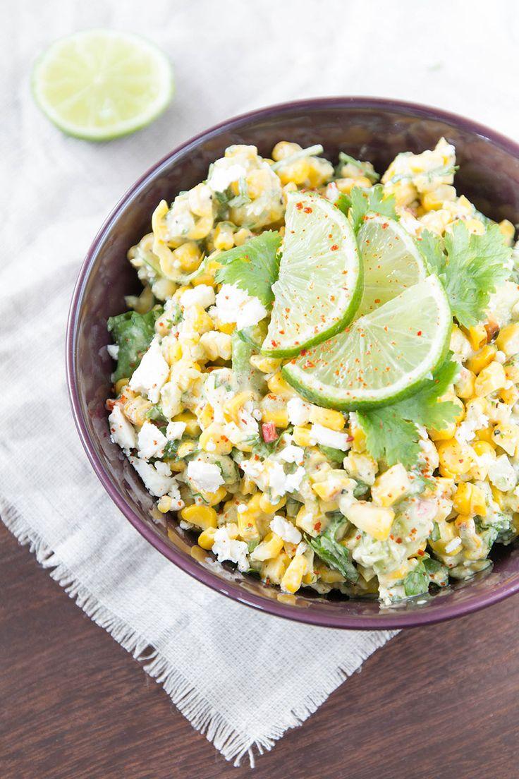 Sommerlicher Maissalat mit Avocado und Feta