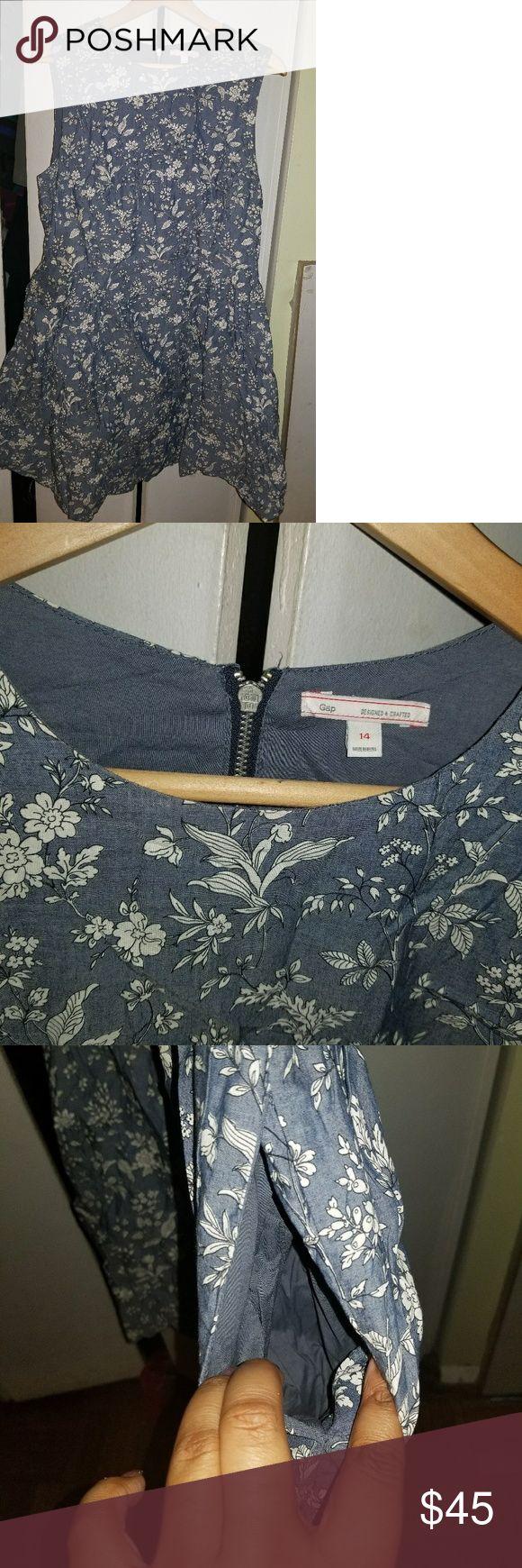 Floral Gap Dress NWOT! Has pockets, back zip, & lining. 100% cotton. Never worn. GAP Dresses