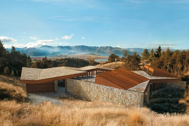 I have arrived - RTA Studio - NZ Architects.  What an amazing concept, if you go check it out at http://urbismagazine.com/articles/future-perfect-1/ make sure you scroll through the images.  Of course spectacular scenery courtesy of Aotearoa - New Zealand of course