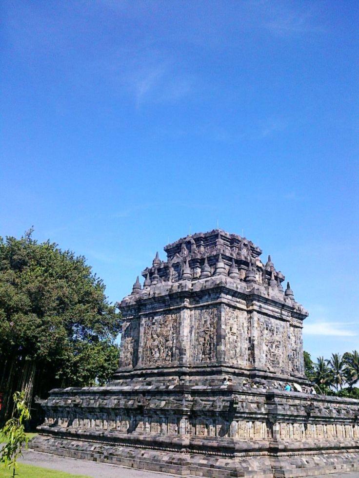 Candi Mendut, Yogyakarta, Indonesia