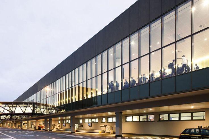 Bergamo Orio Al Serio International Airport - Picture gallery