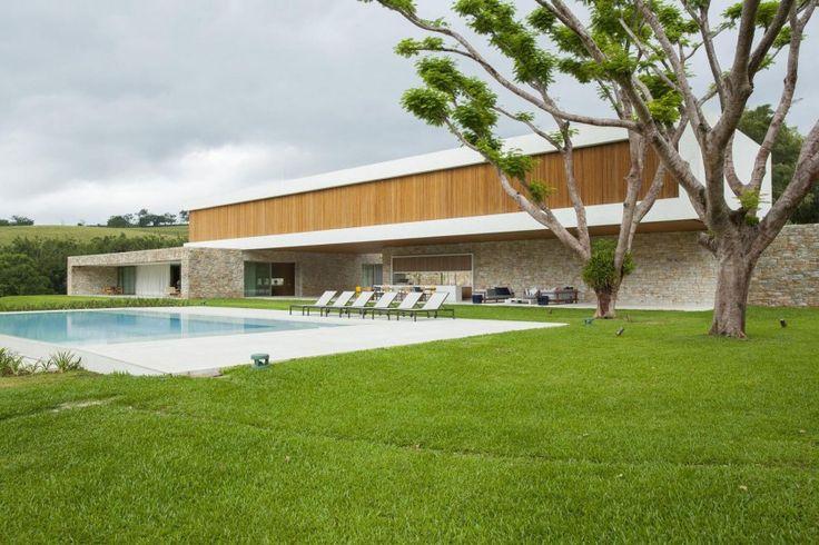 Residencia Itatiba by RoccoVidal P+W