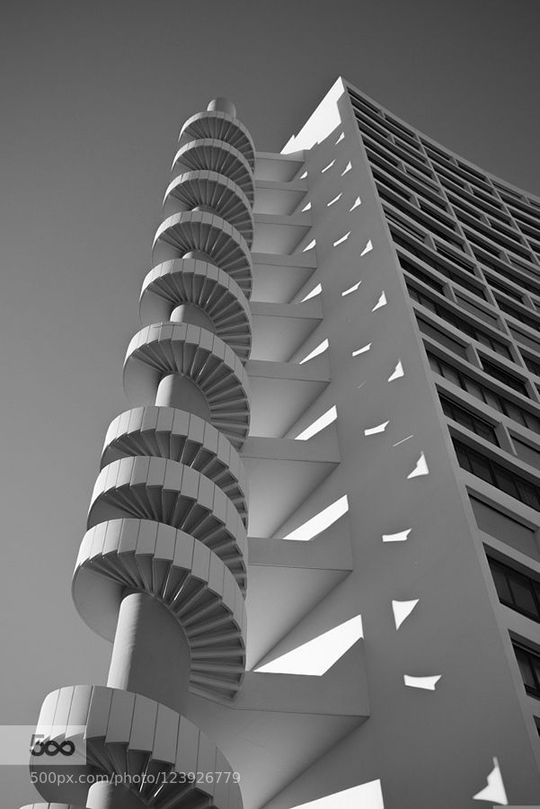 Le Brasilia Marseille - Pinned by Mak Khalaf City and Architecture 2015Provence-Alpes-Côte-d'Azuranataanata39architectureblackblancbouches-du-rhônecitycloudsfrancelightlumixmarseillenoirpanasonicskystreetwhite by anata39