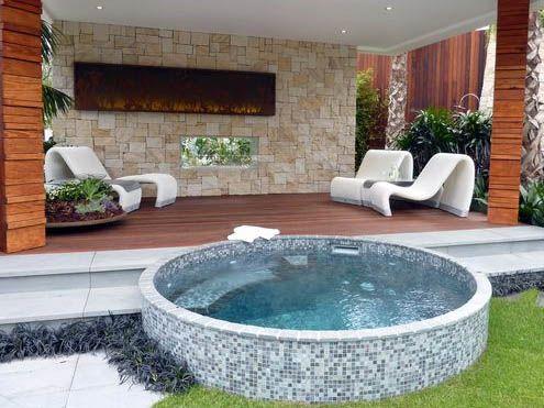 Ba era redonda azulejos jacuzzi exterior pinterest ba era piscinas y albercas - Jacuzzi para terraza ...