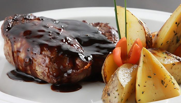 Formas De Preparar Salsa Al Vino Tinto – ¡Espectacular! Para Acompañar Todo Tipo De Carnes.