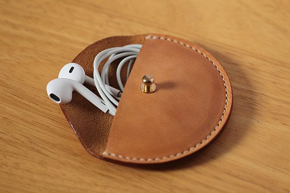 Handmade-stitched Vegetable Leather Earphone case Cable