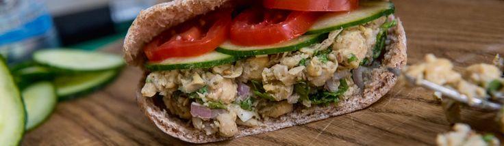 Mini Chickpea Salad Pita Sandwiches | Food Republic