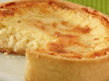 Quiche de peito de peru com queijo - Veja mais em: http://www.cybercook.com.br/receita-de-quiche-de-peito-de-peru-com-queijo.html?codigo=107188