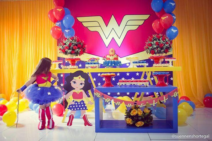 http://inspiresuafesta.com/mulher-maravilha-por-sonho-de-festas-slz/
