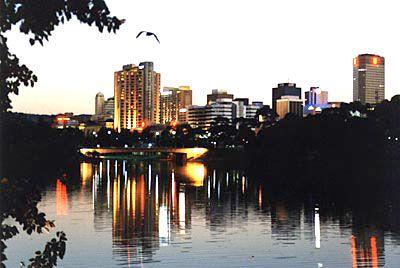 Google Image Result for http://cheap-weekend-getaways.net/wp-content/uploads/2012/02/adelaide-australia-travel.jpg