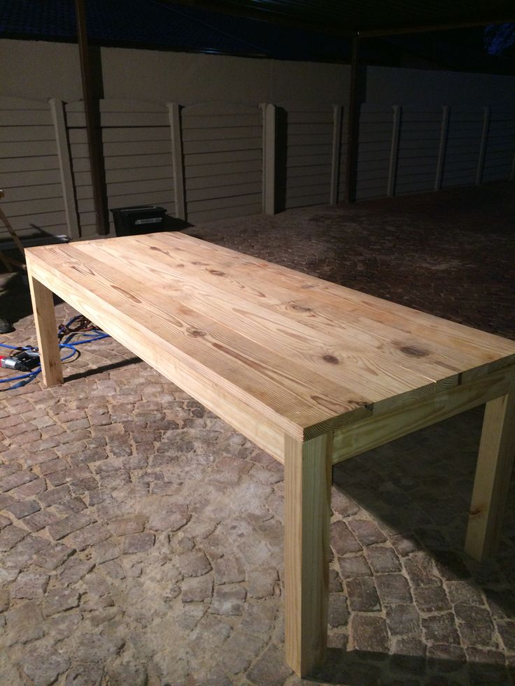 Dinning room table complete