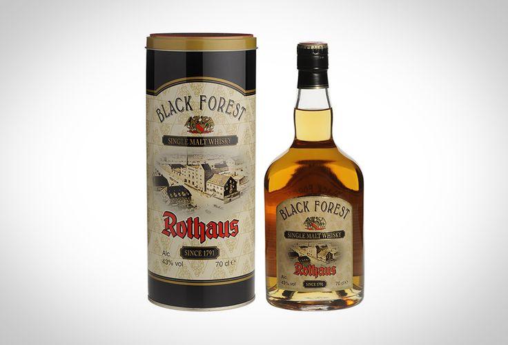 Gebunden an das Geburtsdatum des Braumeisters Max Sachs, ist der 16. März der traditionelle Startschuss für die Whisky-Liebhaber, um in den Genuss der neuen Edition Black Forest Rothaus Single Malt Whisky zu kommen. Auch dieses Jahr kommt eine weitere Abfüllung des Black Forest Rothaus Single Malt Whiskys in den Handel, der aus speziellem Malz und