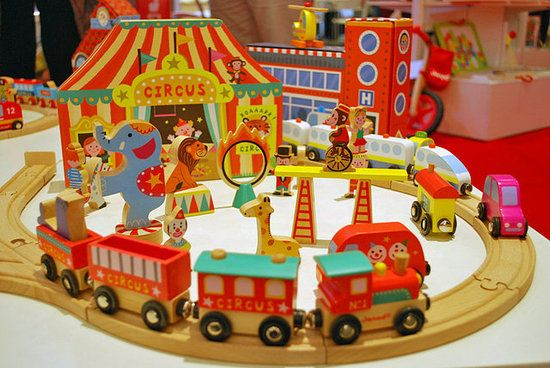 LOVE this circus train set from Janod. Found it on Lil Sugar in her review of the best toys from the toy fair. Tx Lil Sugar!!!  http://www.lilsugar.com/2012-New-Toys-Toy-Fair-21781021#2012-New-Toys-Toy-Fair-21781021?slide=7&_suid=132940961890005202782698516292