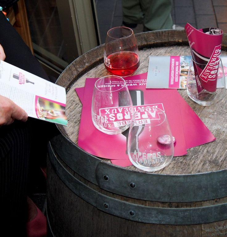 Aperos Bordeaux im Park Café Schöne Aussichten in Hamburg Planten un Blomen
