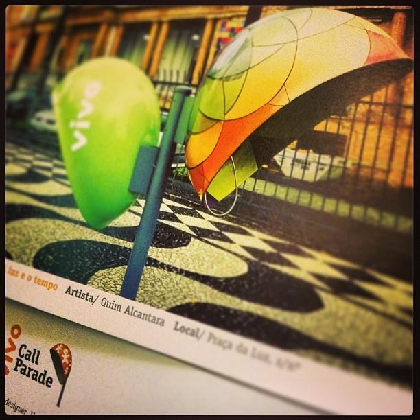 Catálogo #CallParade com obra de @artist / artista plástico Quim Alcantara + info = http://quim.com.br/call-parade  + fotos = http://www.facebook.com/media/set/?set=a.10150894110926698.430834.252802821697=3