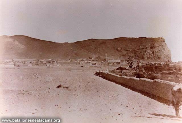 Fotografías Históricas de La Guerra del Pacifico 1879 _ 1884 Vista del Morro de Arica desde el Fuerte San José.