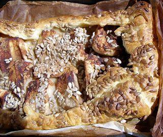 W Mojej Kuchni Lubię.. : jabłka ze słonecznikiem w cieście francuskim...