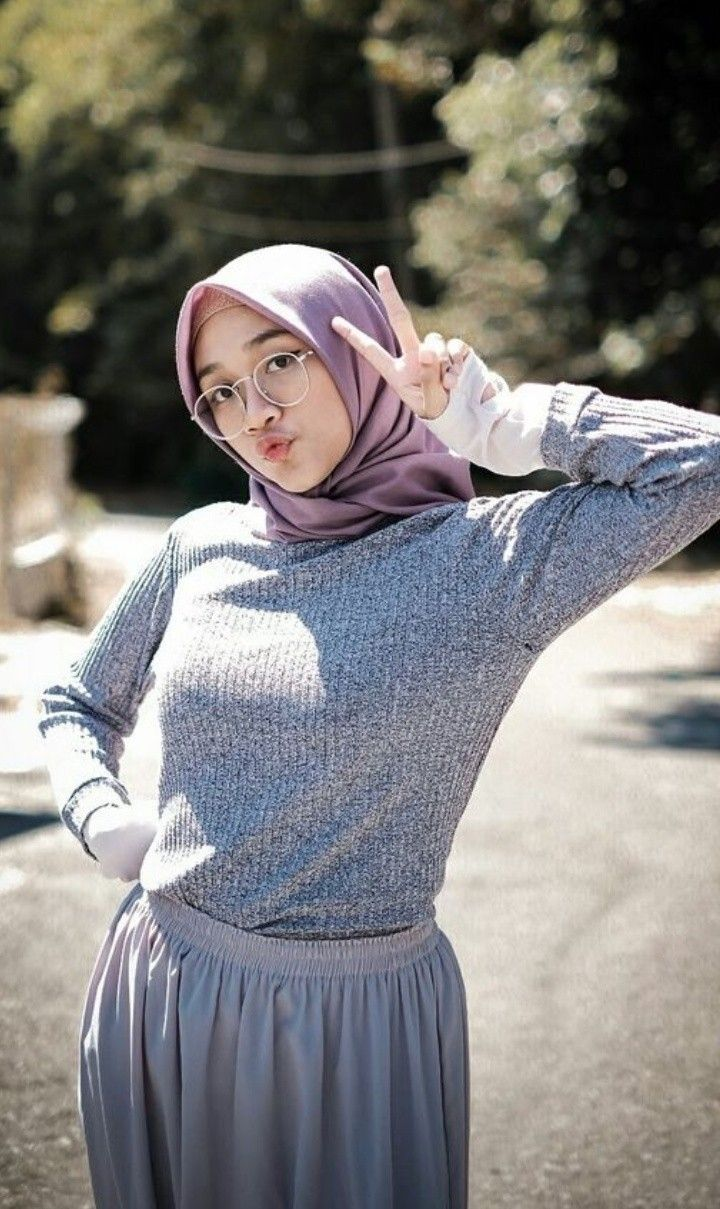 foto cewek jilbab cantik kekinian Beautiful hijab