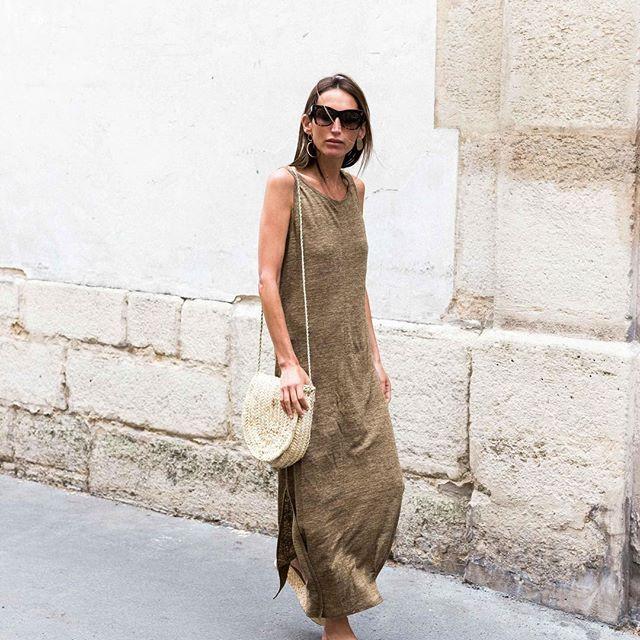 Linen addiction with the perfect dress for summer on sale online  #fine_paris#linen#shoponline#sales