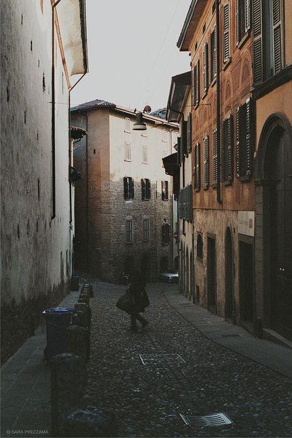 #Bergamo, a street in the Upper Town, by {sara p} --- #Bergamo, una strada di Città Alta, di {sara p}