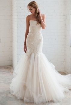 Tara LaTour lace embroidered mermaid silhouette with tulle skirt wedding dress | https://www.theknot.com/content/tara-latour-wedding-dresses-bridal-fashion-week-fall-2016