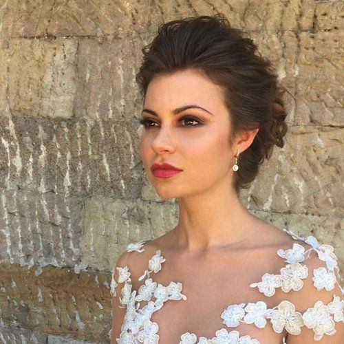 Throwback to this beauty @kyramacfarlane and gorgeous shoot for @completeweddingmagazine ❤️ hair @nicolepacebridalhair 💄 by me 😊 #lovemyjob #bridalmakeup #bridalhair #wedding #makeup #makeupartist #upstyle #flawless #nofilter