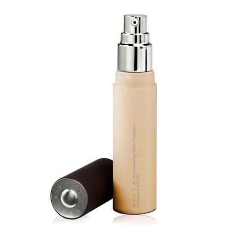 BECCA Shimmering Skin Perfector in Moonstone a pale gold