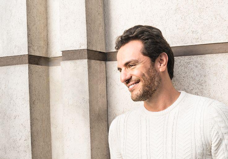 Que beleza! Bumbum de Rodrigo Lombardi é destaque na estreia de 'Verdades Secretas'