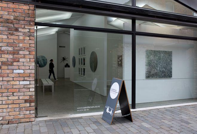 Sanderson Gallery, Anita Levering, in the window: Heavy Rain, watercolour on canvas 1200*1000mm, 2015