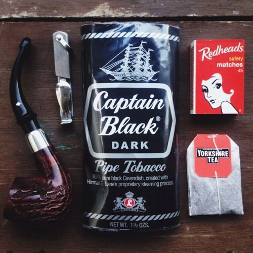 thesillyoldbear:  Tried and true smoke, Captain Black Dark in a Dr Grabow Omega, Yorkshire Tea on the side.