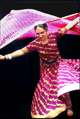 De Ingang - Danslessen volwassenen en jongeren, Afrikaanse dans, Braziliaanse dans, Argentijnse Tango, Bollywood, Capoeira, Flamenco, Indische dans, Lindy Hop, Oriëntaalse dans, buikdans, Salsa, Salsa Rueda. Moderne en klassieke dansen: HipHop, Stree