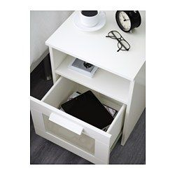 IKEA - BRIMNES, Nattbord, hvit, , I skuffen er det plass til et grenuttak til alle laderne dine.Ledningen til grenuttaket får plass gjennom et hull på baksiden.