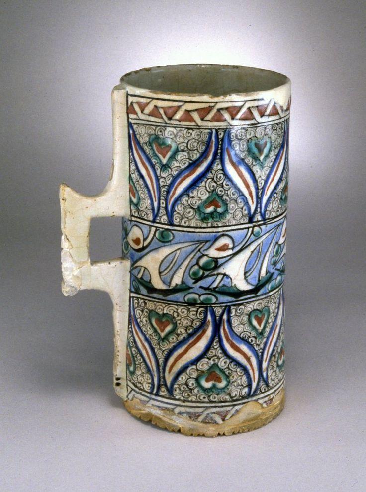 vessel; Ottoman dynasty; 16thC; Iznik