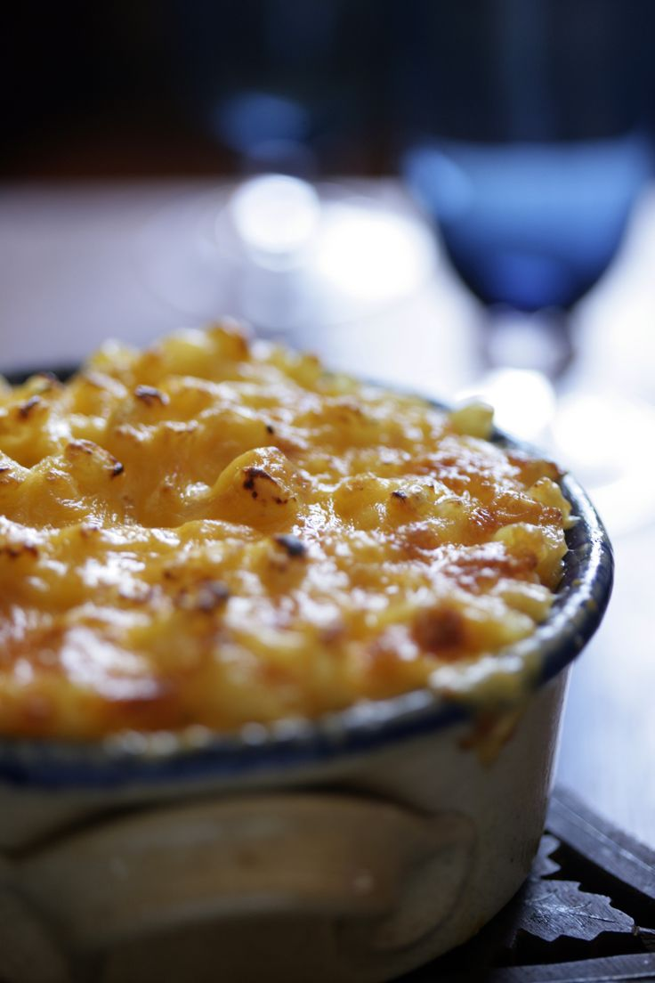 Recipe: Crusty macaroni and cheese || Photo: Andrew Scrivani for The New York Times